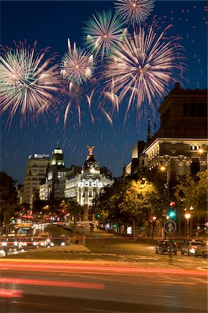 Fireworks above Grand Via, Madrid, Spain Stock Photo - Premium Royalty-Free, Code: 6106-05447916