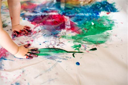 finger painting - Boy (2-3) painting by hands Stock Photo - Premium Royalty-Free, Code: 6106-05481772
