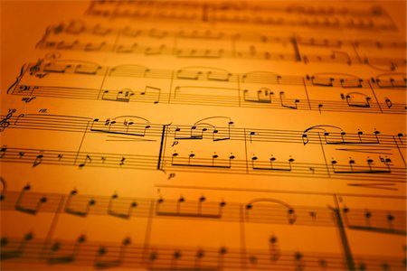 scoring - Music Sheet. Short depth of focus. Stock Photo - Premium Royalty-Free, Code: 6106-05485777