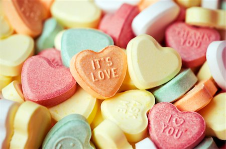 Sweetheart candies with love message Stock Photo - Premium Royalty-Free, Code: 6106-05488219