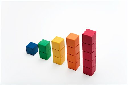 Color block put as shown in graph Stock Photo - Premium Royalty-Free, Code: 6106-05405358
