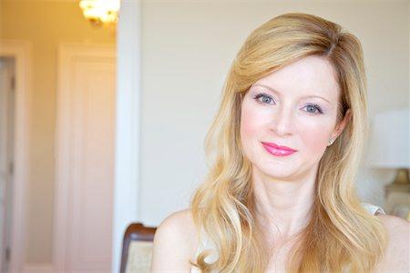 Blond Woman Stock Photo - Premium Royalty-Free, Code: 6106-05407018