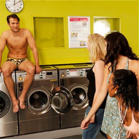 laundromat surprise Stock Photo - Premium Royalty-Free, Code: 6106-05407412