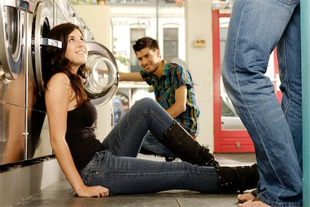 laundromat flirt Stock Photo - Premium Royalty-Free, Code: 6106-05407427