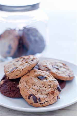 Cookies and milk Stock Photo - Premium Royalty-Free, Code: 6106-05411042