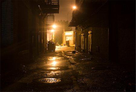 Dark Alleyway Stock Photo - Premium Royalty-Free, Code: 6106-05414441