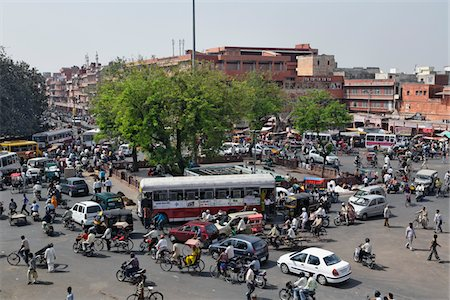 Traffic congestion Stock Photo - Premium Royalty-Free, Code: 6106-05419560