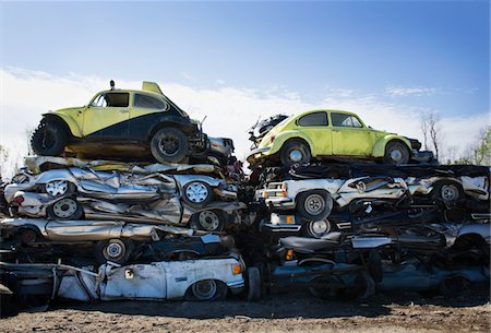 Flattened cars at a junk yard Stock Photo - Premium Royalty-Free, Code: 6106-05431546