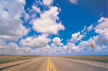 road landscape - Empty Road and Dramatic Sky, Texas, USA Stock Photo - Premium Royalty-Free, Code: 6106-05587971
