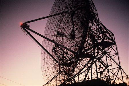 radio telescope - Radio telescope, close-up Stock Photo - Premium Royalty-Free, Code: 6106-05535415