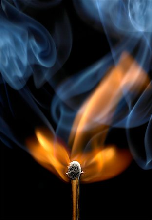 flame - Burning match Stock Photo - Premium Royalty-Free, Code: 6106-05758749