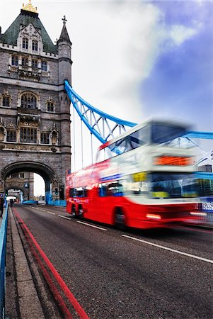 solid - bus with motion blur on tower bridge london Stock Photo - Premium Royalty-Free, Code: 6106-05788161