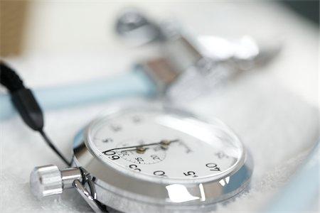 stop watch - stopwatch,hospital Stock Photo - Premium Royalty-Free, Code: 6106-05788399
