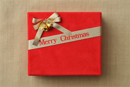 present wrapped close up - Christmas present Stock Photo - Premium Royalty-Free, Code: 6106-05810915