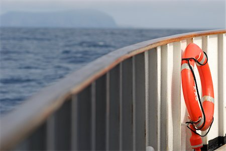 Life belt on deck Stock Photo - Premium Royalty-Free, Code: 6106-05951870