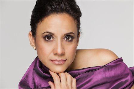 Beauty portrait of hispanic woman. Stock Photo - Premium Royalty-Free, Code: 6106-05951961