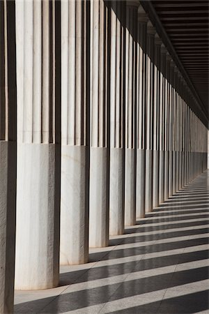 repeating - columns in the Stoa of Attalos Stock Photo - Premium Royalty-Free, Code: 6106-05978672