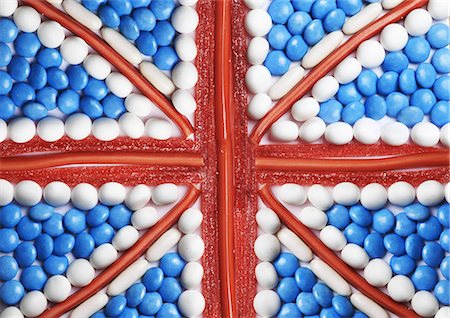 British flag made out of sweets and candy Stock Photo - Premium Royalty-Free, Code: 6106-06165492