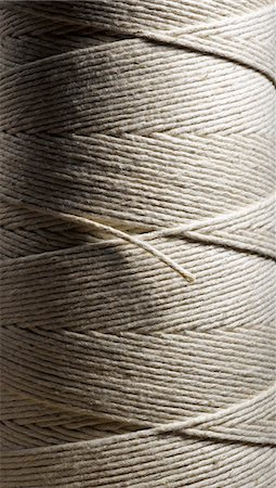 string - Twine Cone Close Up Stock Photo - Premium Royalty-Free, Code: 6106-06114593