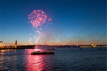 fireworks colored picture - fireworks over the Neva river Stock Photo - Premium Royalty-Free, Code: 6106-06335566