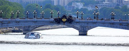 ALEXANDRE III bridge in PARIS Stock Photo - Premium Royalty-Free, Code: 6106-06497383