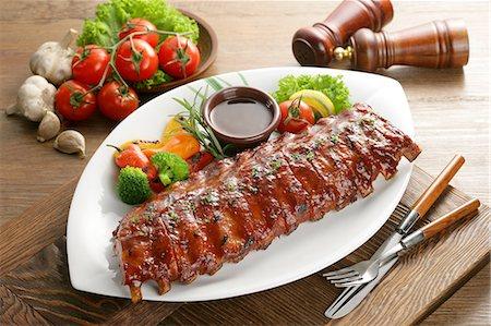 rib - Barbecued ribs, Deunggalbi Stock Photo - Premium Royalty-Free, Code: 6106-06433912