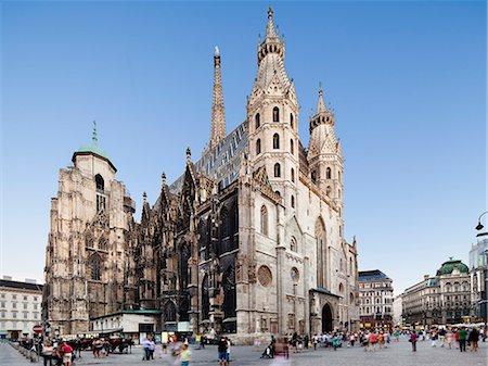 St. Stephen's Cathedral, Vienna, Austria Stock Photo - Premium Royalty-Free, Code: 6106-06435017