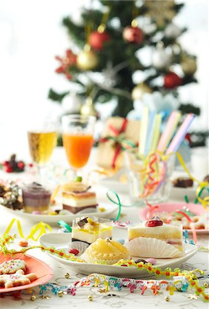 Christmas party Stock Photo - Premium Royalty-Free, Code: 6106-06535646