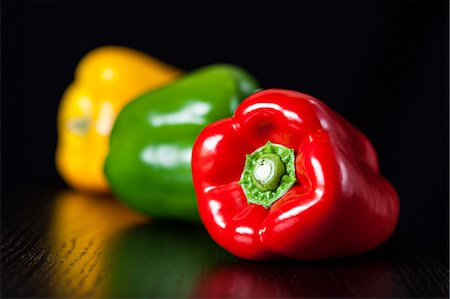 Red, Green and Yellow Peppers Stock Photo - Premium Royalty-Free, Code: 6106-06614530
