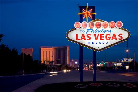 Welcome to Las Vegas sign Stock Photo - Premium Royalty-Free, Code: 6106-06614841