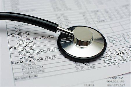 Medical records Stock Photo - Premium Royalty-Free, Code: 6106-06831218