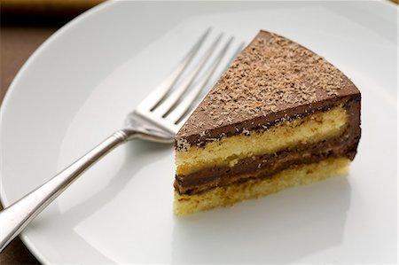 dessert - Chocolate layer cake Stock Photo - Premium Royalty-Free, Code: 6106-06831806
