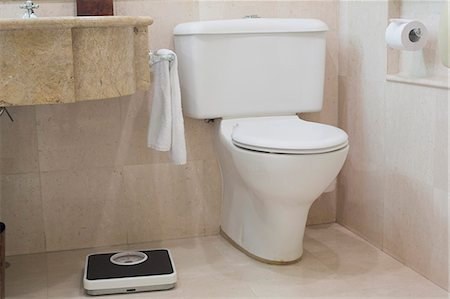 Toilet and Scales Stock Photo - Premium Royalty-Free, Code: 6106-07070359