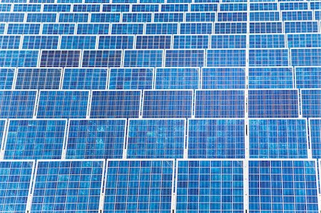solar panel usa - High angle view of blue solar panels Stock Photo - Premium Royalty-Free, Code: 6106-07070538