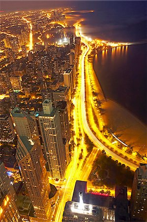descriptive - USA, Illinois, aerial view of Chicago at dusk Stock Photo - Premium Royalty-Free, Code: 6106-07024422