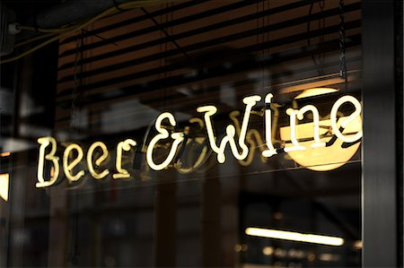 exterior bar - Beer and Wine Sign Stock Photo - Premium Royalty-Free, Code: 6106-07029881