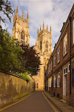 View of York Minster (Cathedral) Stock Photo - Premium Royalty-Free, Code: 6106-07120684