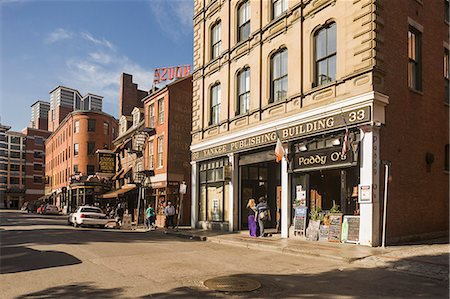 View of Union street Stock Photo - Premium Royalty-Free, Code: 6106-07120605
