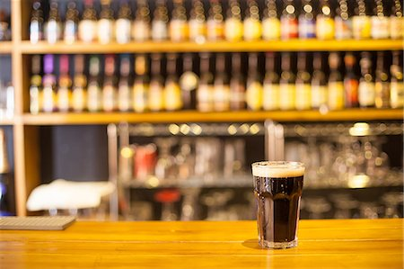 beer in pub Stock Photo - Premium Royalty-Free, Code: 6106-07121667