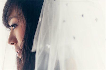 bride in veil Stock Photo - Premium Royalty-Free, Code: 6106-07349522