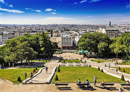 A view of Paris in France Stock Photo - Premium Royalty-Free, Code: 6106-07350871