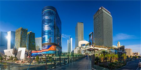 Las Vegas, The Cosmopolitan and CityCenter Stock Photo - Premium Royalty-Free, Code: 6106-07455140