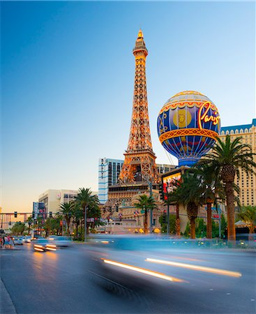 Las Vegas, The Strip, Paris Las Vegas Hotel Stock Photo - Premium Royalty-Free, Code: 6106-07455137