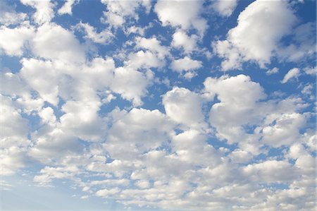 Clouds and sky Stock Photo - Premium Royalty-Free, Code: 6106-07493792