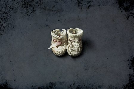 still life - Baby booties Stock Photo - Premium Royalty-Free, Code: 6106-07594026
