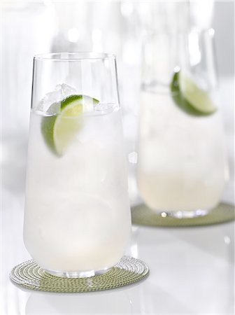 Alcohol Cocktails Stock Photo - Premium Royalty-Free, Code: 6106-07594412