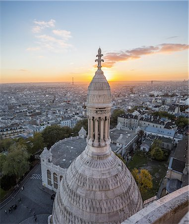 Basilique du Sacré Coeur, one of the small domes Stock Photo - Premium Royalty-Free, Code: 6106-07594814