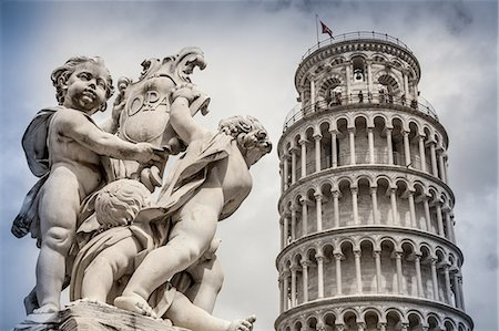 Pisa, the leaning tower Stock Photo - Premium Royalty-Free, Code: 6106-07761865