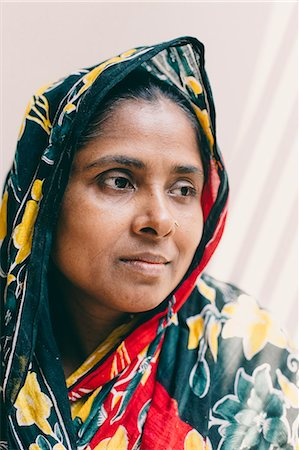 dhaka - Portrait of a middle aged  woman Stock Photo - Premium Royalty-Free, Code: 6106-08080990