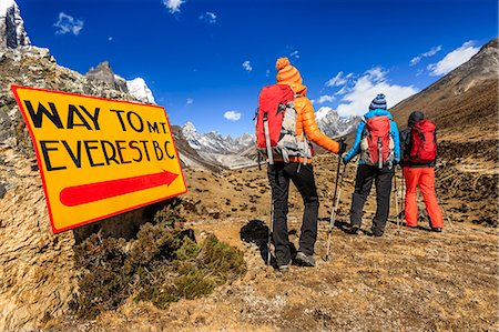 sign - Group of trekkers on the way to Everest Base Camp Stock Photo - Premium Royalty-Free, Code: 6106-08100368